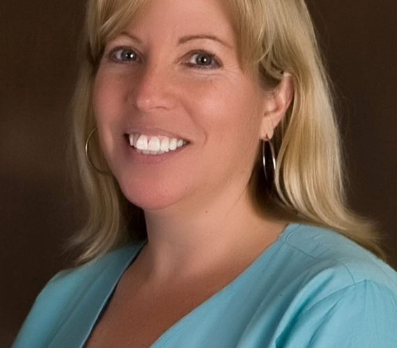 Photo of Nickole Hendra, Dental Assistant